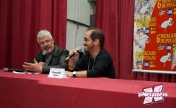 Fernando Lopes revela a Maurício Muniz (e ao público presente) que Marvel Now seria Nova Marvel no Brasil. (Foto: Divulgação)