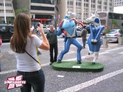 CowParade (2005/2010) fez público interagir com as esculturas