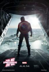 Capitão América alça novos voos, desta vez contra seu melhor amigo.