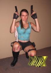 Cosplayers são presença garantida em eventos do tipo. Na foto, Ana Paola personifica Lara Croft
