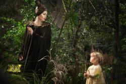 Cena do futuro: sua filha não vai mais querer ser uma princesa. Agora, ela vai se espelhar na bruxa.