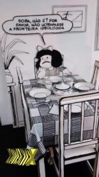 Exposição reproduz tira onde Mafalda deixa clara sua aversão a sopa.