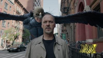 Michael Keaton interpreta um ator que interpretou Birdman que inferniza a vida do ator. Entendeu?