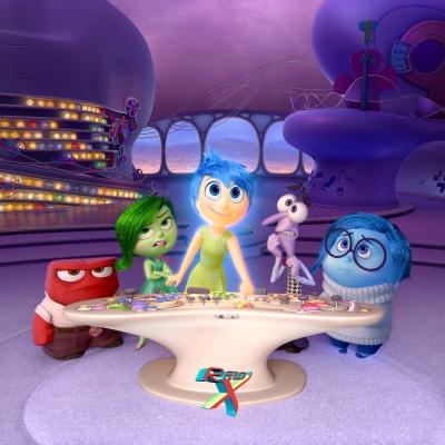 Da esquerda para a direita: Raiva, Nojinho, Alegria, Medo e Tristeza, os sentimentos na mente humana.