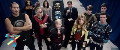Num mundo cheio de super-heróis, a batalha é pela popularidade.