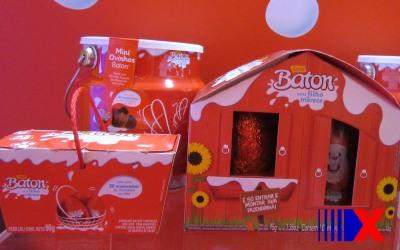 Na Garoto, o brinquedo vem fora do ovo, não dentro. (Imagem: Marta Cavallini/G1)